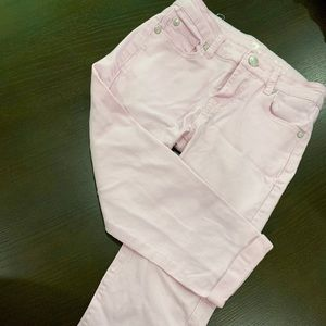 Girls skinny pants.